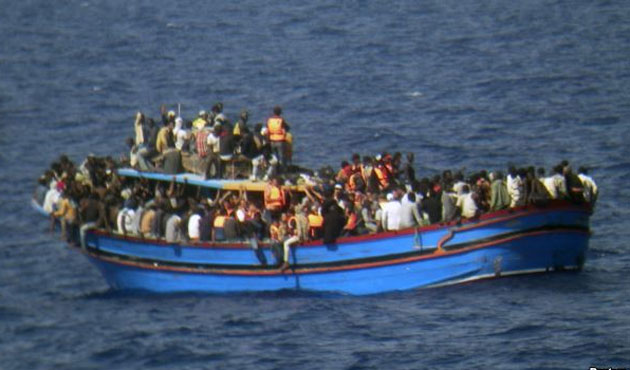 As many as 700 migrants feared drowned in Mediterranean