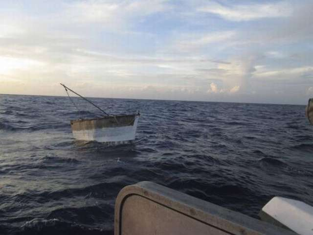 Cubans on boat get refuge from high seas in Cayman Islands