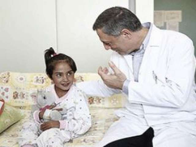Syrian girl Besma waits for heart surgery in Istanbul