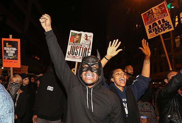 Support for Ferguson protesters spread around the world