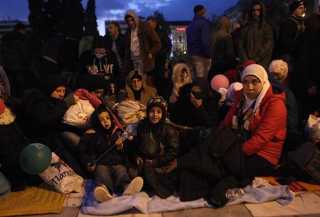 Greece says it cannot help protesting Syrian refugees