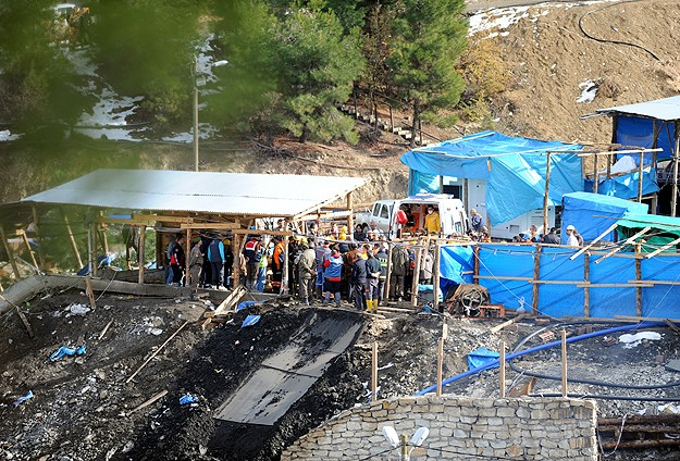 Teams find two more bodies in flooded mine in Turkey