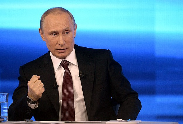 Putin reassures Russians rouble will rise again