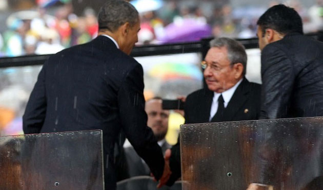 White House says Castro visit to U.S. a possibility