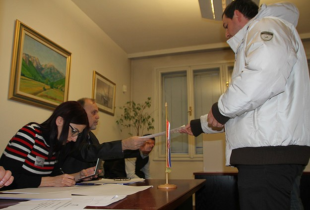 Croatia votes for country's new president