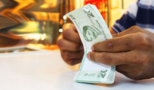 Turkey to start 2015 with fee and tax hikes