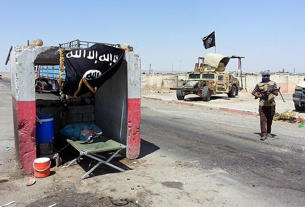ISIL in Syria abducts at least 90 from Christian villages