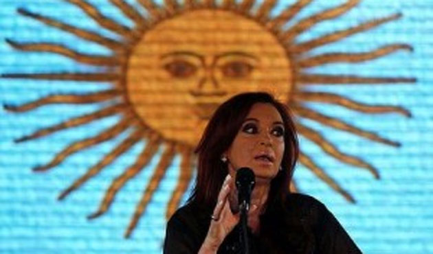 Argentina prosecutor goes ahead with Fernandez cover-up case