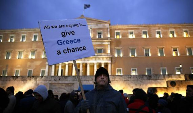 Greece submits revised proposals to EU, IMF