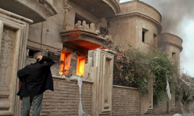 Air strikes hit ISIL in Syria after 220 Christians abducted