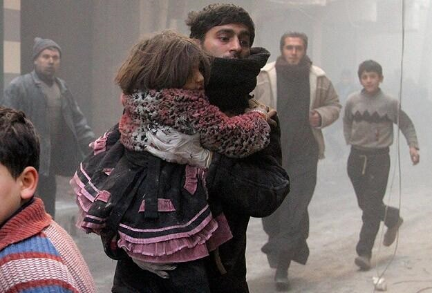 Palestinians make contacts to save Yarmouk camp