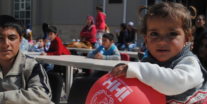 Turkish aid group helps orphans in Albania