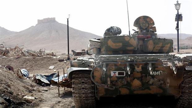 Syria regime forces at entrance to ISIL-held Palmyra