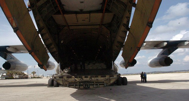 Russian plane delivers aid to Syria