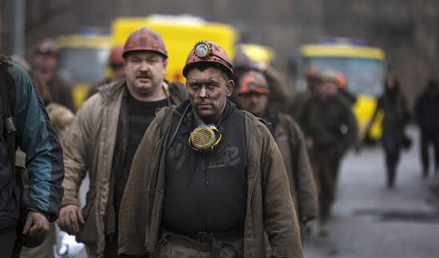 Trapped miners rescued in Ukraine