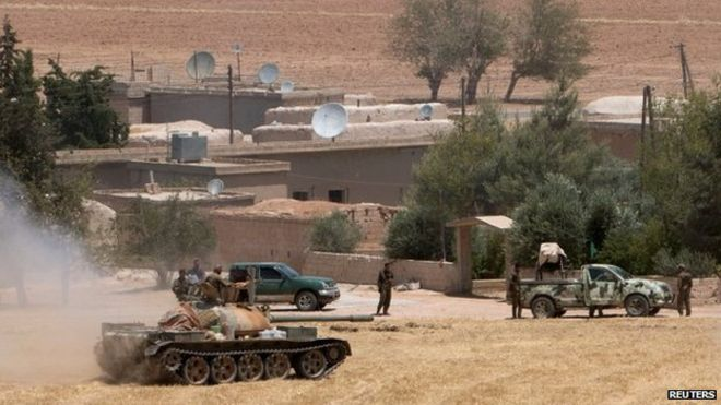 Syrian Kurds seize control of ISIL town