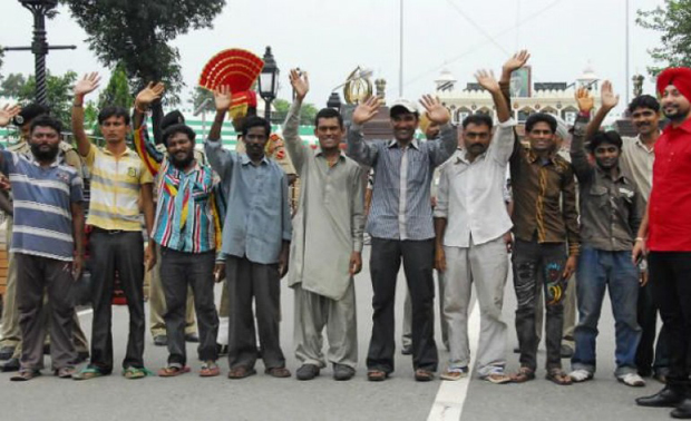 Pakistan releases 113 Indian fishermen as goodwill