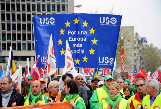 5,000 march in Brussels in solidarity with Greece