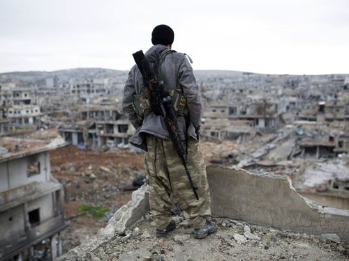 US to pay wages to Syrian fighters against ISIL