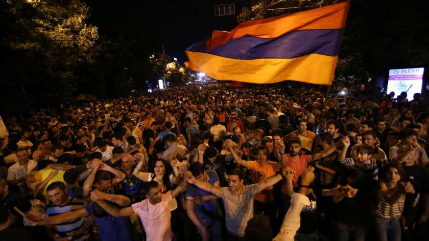 Armenia protest against power tariff hike continues