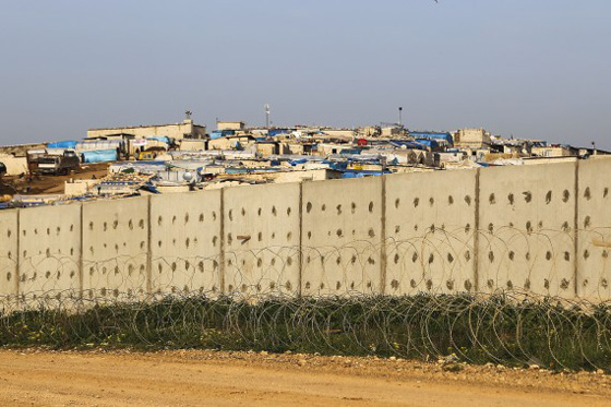 Turkey looking to construct more walls on Syrian border