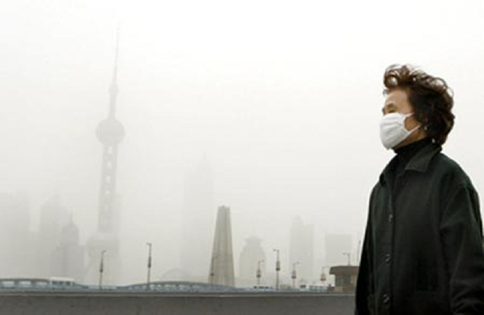 Thousands protest in Shanghai suburb over chemical plant fears
