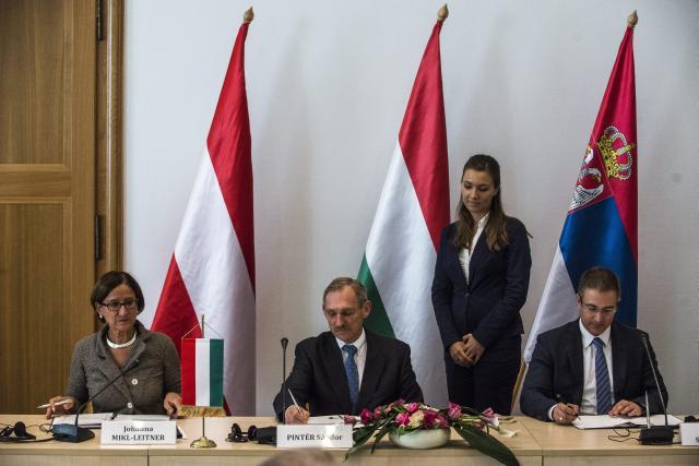 Serbia, Austria, Hungary agree to cooperate on immigration