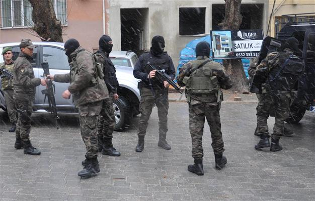 Turkey detains 21 ISIL suspect members