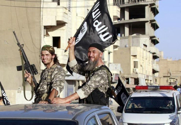 ISIL threatens Turkey with action
