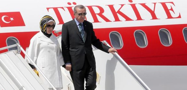 Turkish president arrives in Paris for one-day visit