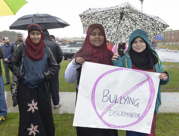 Muslim names, dress lead to bullying in US schools
