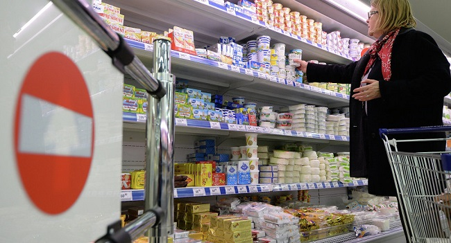 Russia extends food embargo to four countries