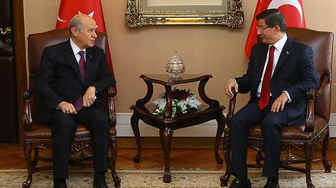 Turkey PM meeting opp. MHP leader in coalition bid