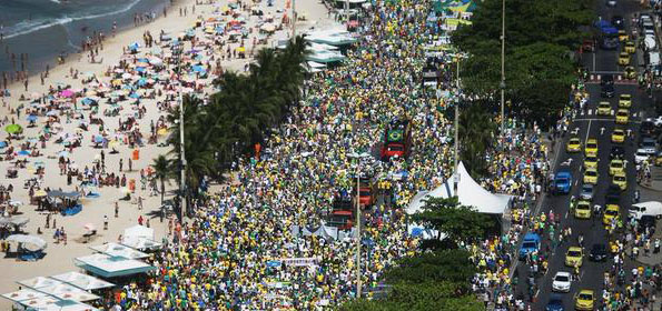 Huge protests in Brazil call for Rousseff's impeachment