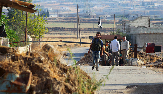 Syrian government recaptures villages on strategic plain