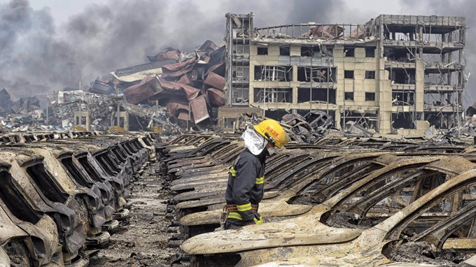 Victims of fatal warehouse blast mourned in China