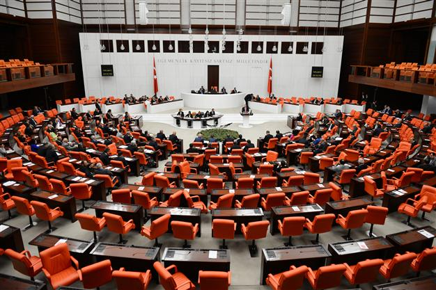 When the going gets tough, Turkey's politicians fail to get going