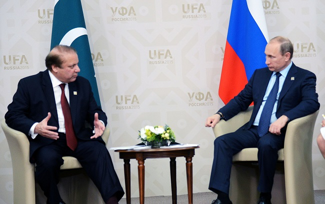 WSJ: Pakistan turning away from US, warming up to Moscow