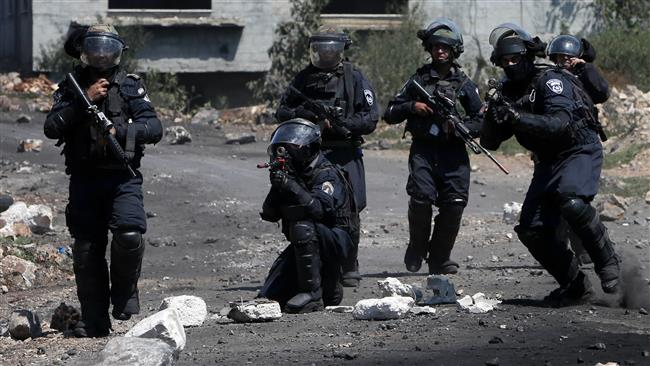 Five Palestinians wounded in latest West Bank raid