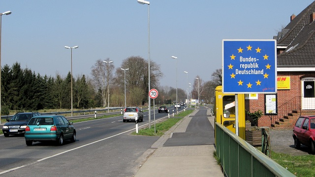 Italy ready to impose border controls after Germany request