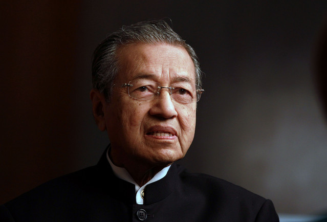 Malaysia police to question ex-PM Mahathir on anti-govt comments