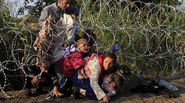 Germany refuses to sell razor wire materials to Hungary