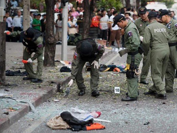 Series of explosions shake Thailand's Pattani