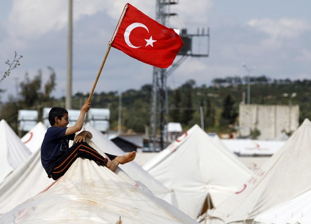 UK pledges $420mn to Turkey for Syrian refugees