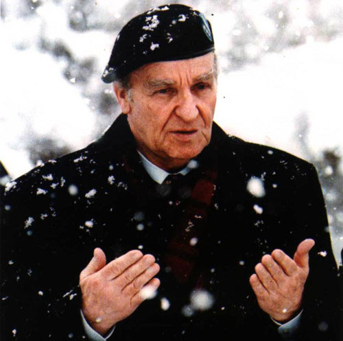 Bosnia marks 15th death anniversary of first president