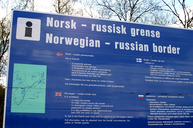 500 refugees stranded in cold on Russia-Norway border
