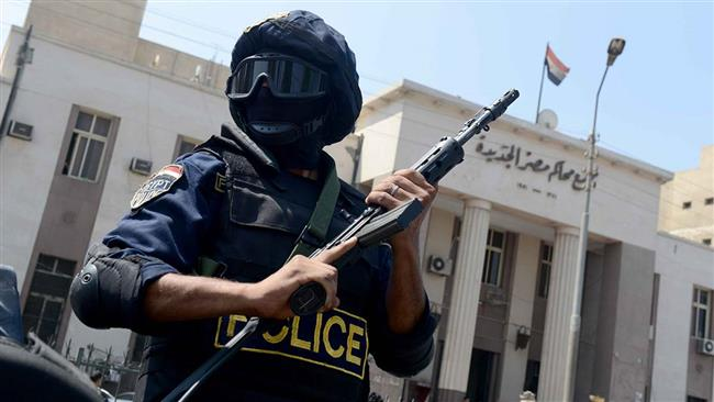 Four Egypt policemen killed in attack claimed by ISIL