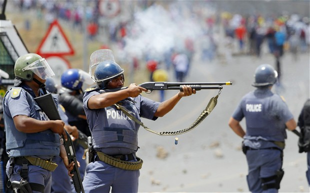S.African police clash with strikers at parliament