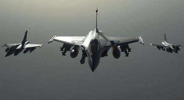 France conducts new strikes against ISIL