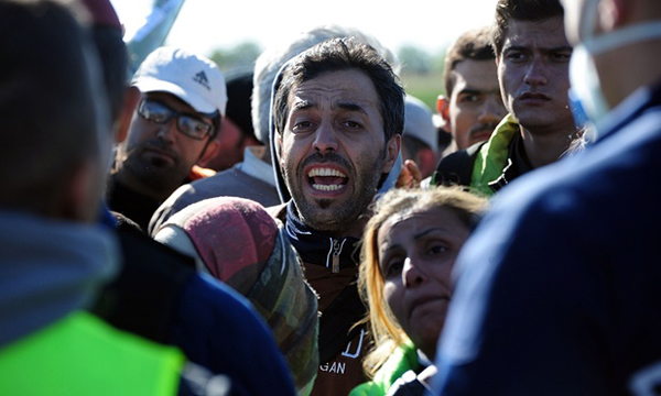 Serbia, Macedonia limiting entry of refugees by nationality